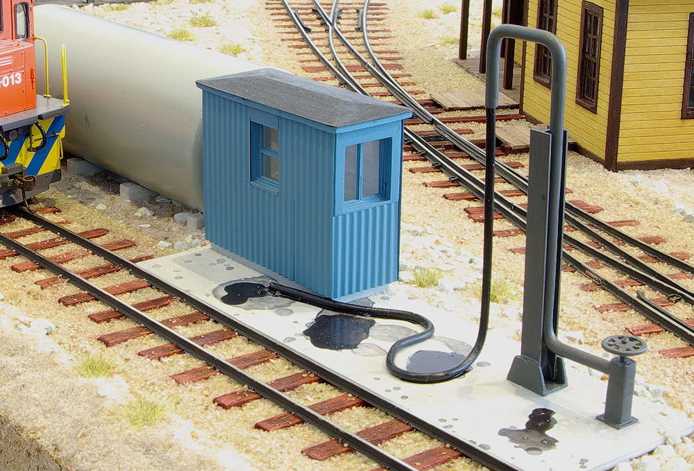 Spur 0 Bausatz Diesel Fueling Facility 1:48